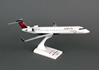 Delta Connection CRJ-700 Expressjet (1:100)