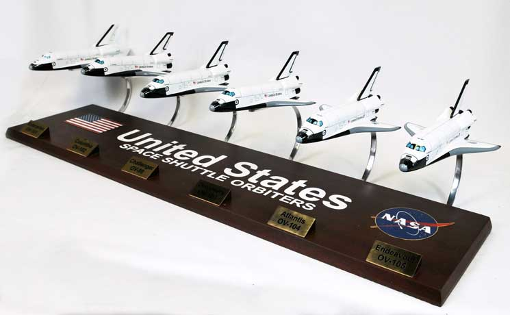 Executive series display models kynasaocr space shuttle orbiter collection 1 144 scale - Small space shuttle model ...