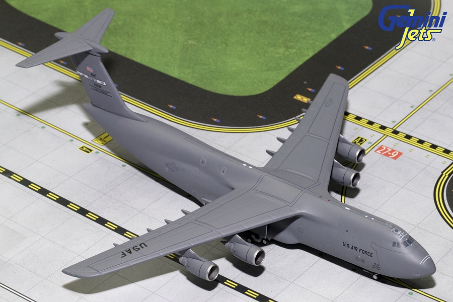 USAF Lockheed C-5M SUPER GALAXY Travis AFB 70034 (1:400), Gemini MACS 400 Diecast Military Planes Item Number GMUSA073