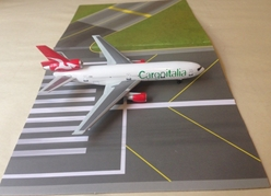 Cargoitalia DC-10-30CF (1:400), DragonWings 400 Diecast Airliners Item Number DRW56442