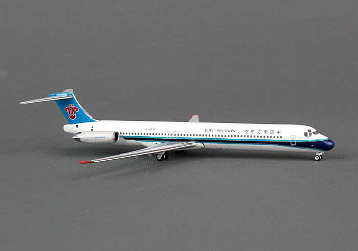 China Southern MD-82 B-2134 ((1:400)), Phoenix (1:400) Scale Diecast Aircraft, Item Number PH4CSN1127