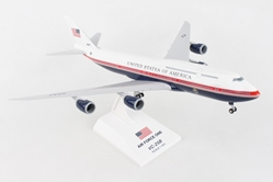 Air Force One Vc-25B 747-8I New Livery With Gear(1:200)